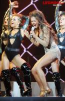 https://t9.pixhost.to/thumbs/623/41073279_nyusha_foto_koncert_crocus_2012_6382a1b1.jpg