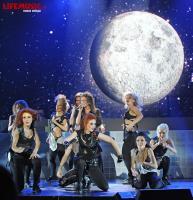 https://t9.pixhost.to/thumbs/623/41073291_nyusha_foto_koncert_crocus_2012_6491a1b1.jpg