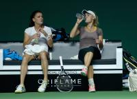 https://t9.pixhost.to/thumbs/702/41713516_caroline-wozniacki-practices-bnp-paribas-wta-finals-in-singapore-on-october-18.jpg