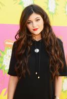 https://t9.pixhost.to/thumbs/744/42097096_kyliejenner_26thannualkidschoiceawards_-11.jpg