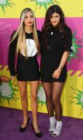 https://t9.pixhost.to/thumbs/744/42097191_kyliejenner_26thannualkidschoiceawards_-34.jpg