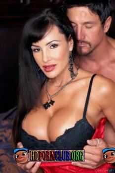 Puremature.com – Lisa Ann – Gorgeous Wife Started Romance With Chief [FullHD 1080p]