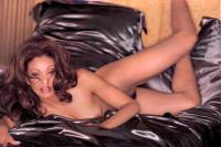 Nude Nicole