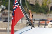 https://t9.pixhost.to/thumbs/788/42410802_42253162_gwyneth-paltrow-in-bikini-on-a-yacht-in-st-tropez-20170619-7.jpg