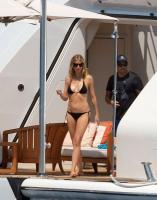 https://t9.pixhost.to/thumbs/788/42410913_42253181_gwyneth-paltrow-in-bikini-on-a-yacht-in-st-tropez-20170619-21.jpg